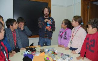 Semana da Ciência e Tecnologia aguça curiosidade a 250 alunos do Município