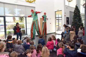 Festa de Natal do Pré-Escolar: Câmara levou crianças ao cinema
