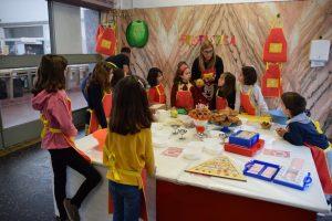 """""""Frutástica"""" ensina o ciclo da fruta a 15 crianças e várias maneiras de preparar este super alimento"""