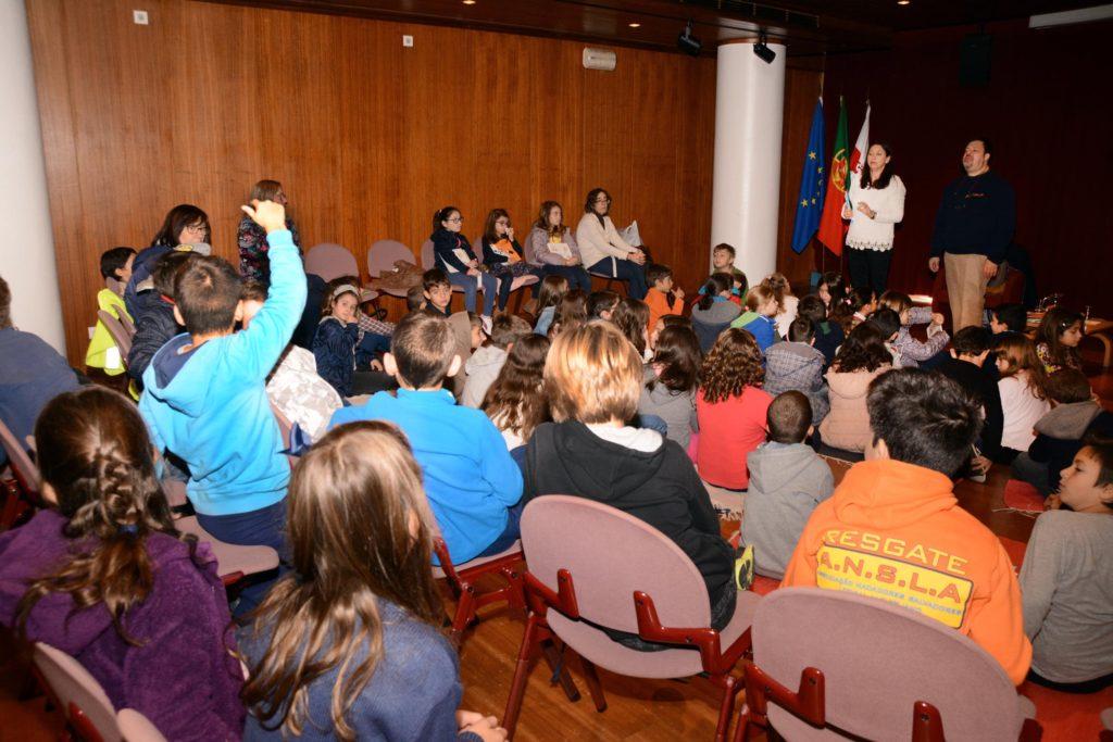 biblioteca_mun_manuel_da_fonseca_viver_com_escrita_adelia_carvalho_foto_cmsc-15