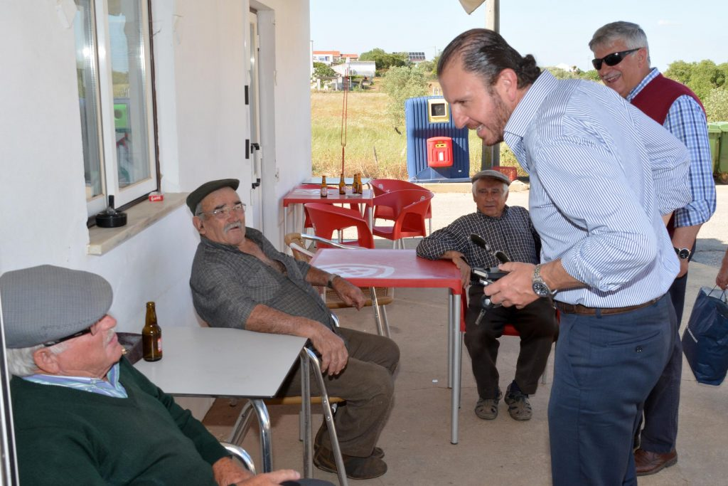 PRESIDENCIA_UNIAO_FREGUESIAS_S_DOMINGOS_VALE_AGUA_18_MAIO_2016_foto_CMSC (129)