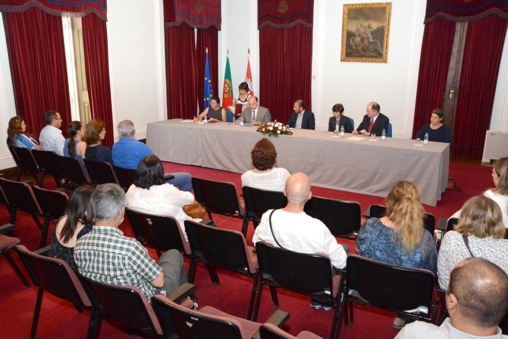 PROTOCOLO_CENTRO_UNESCO_ARQUITETURA_ARTE_RELIGIOSAS_SANTIAGO_CACEM_foto_CMSC (12)