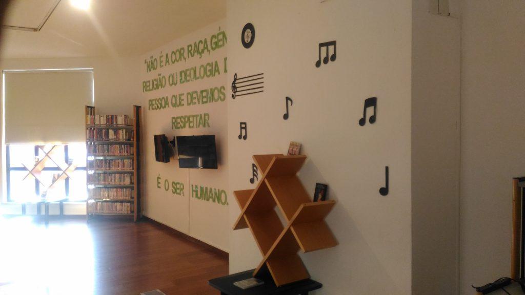 Biblioteca - DVD
